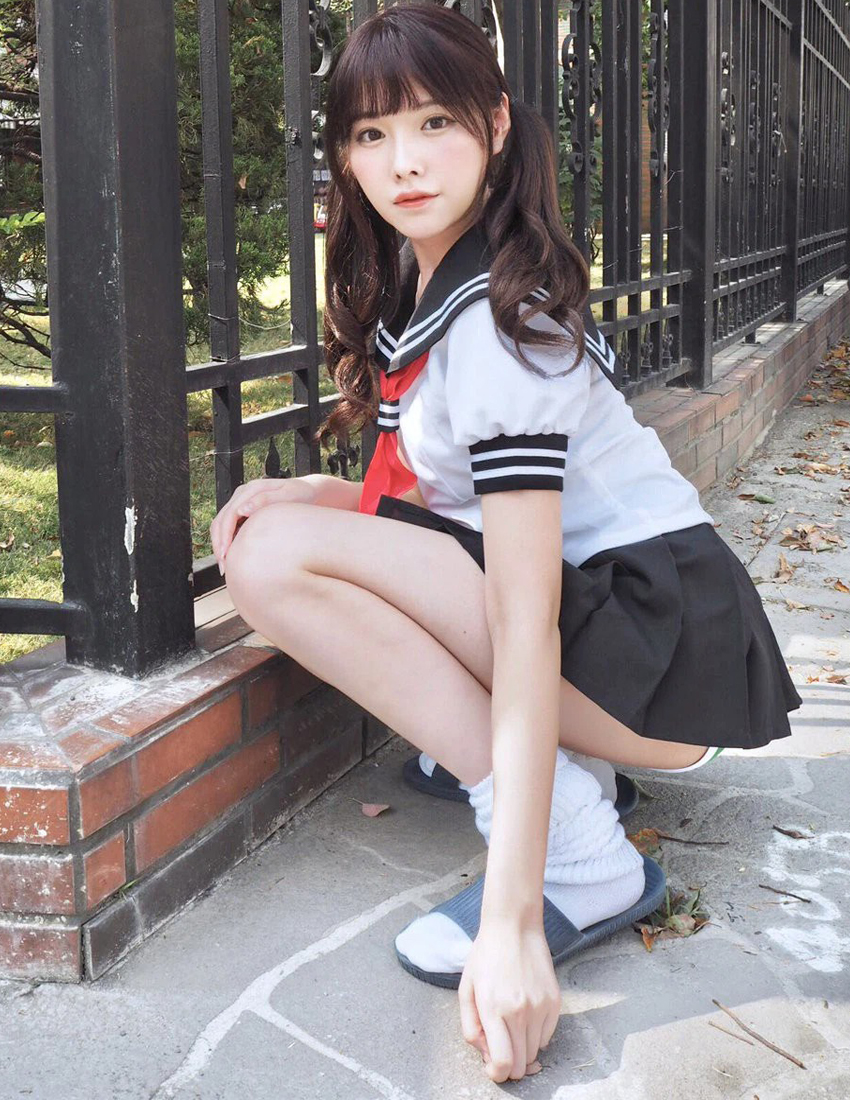 Tiểu sử của Arina Hashimoto